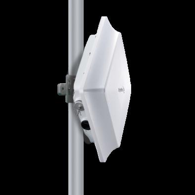 RidgeWave® BEC 7000 R26 Gigabit LTE CBRS Outdoor Router